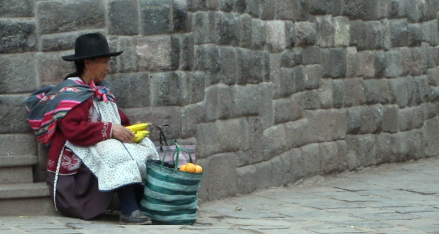 Old woman in Urubamba - Peru, October 2008